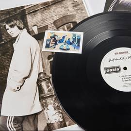Oasis - Definitely Maybe (Vinyl)